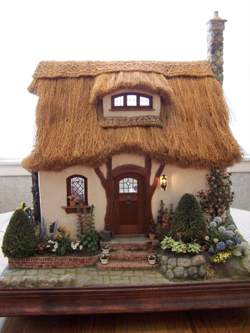 English_Cottage_Front_2
