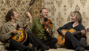sultansofstring-trio3-high_res