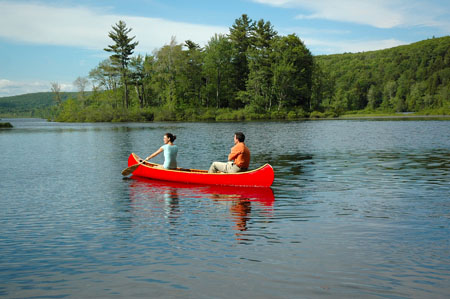 Canoeing in Litchfield Hills