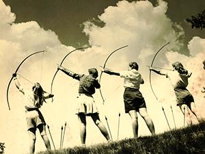 Girls_archery_001_edited-1 (1)