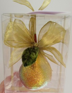 cropped-glitter-pear-ornament-laurie-davies